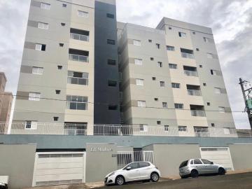 Apartamento / Padrão em Barretos Alugar por R$2.500,00