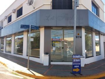 Barretos Centro Salao Locacao R$ 4.000,00 3 Dormitorios  Area do terreno 10.00m2 Area construida 10.00m2