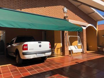 Comprar Casa / Padrão em Barretos R$ 430.000,00 - Foto 2