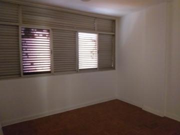 Apartamento / Padrão em Barretos Alugar por R$550,00
