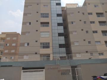 Apartamento / Padrão em Barretos