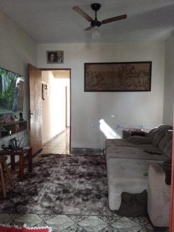 Comprar Casa / Padrão em Barretos R$ 250.000,00 - Foto 4