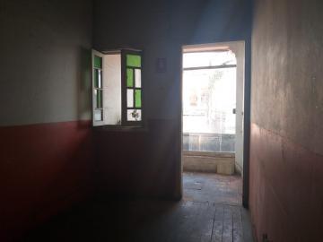 Barretos Centro Salao Locacao R$ 2.200,00 3 Dormitorios  Area do terreno 10.00m2 Area construida 10.00m2