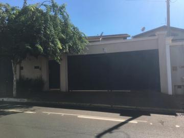 Casa / Padrão em Barretos , Comprar por R$710.000,00