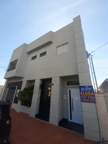 Alugar Apartamento / Sobreloja em Barretos. apenas R$ 950,00