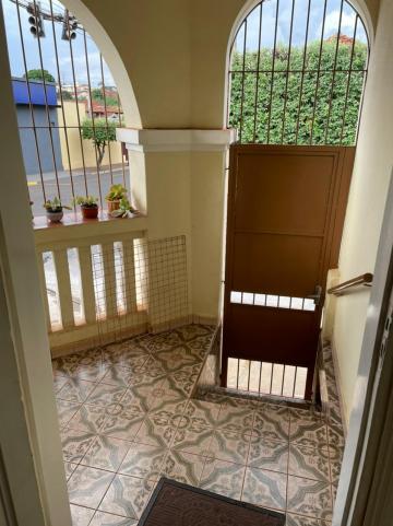 Comprar Casa / Padrão em Barretos R$ 350.000,00 - Foto 4