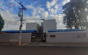 Alugar Apartamento / Padrão em Barretos. apenas R$ 250.000,00