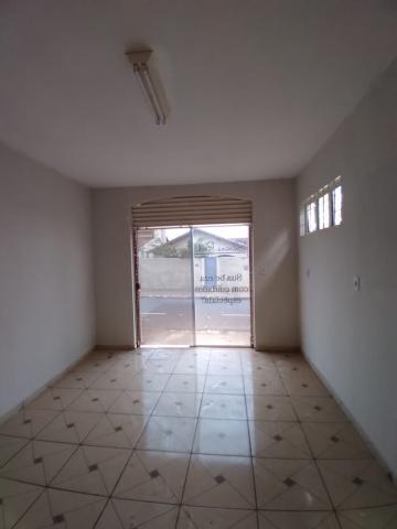 Alugar Casa / Padrão em Barretos R$ 1.100,00 - Foto 12
