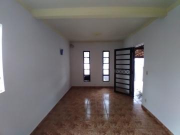 Alugar Casa / Padrão em Barretos R$ 1.100,00 - Foto 3