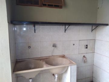 Alugar Casa / Padrão em Barretos R$ 1.500,00 - Foto 8