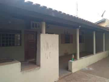 Alugar Casa / Padrão em Barretos R$ 1.500,00 - Foto 1