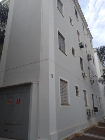 Alugar Apartamento / Padrão em Barretos R$ 700,00 - Foto 2