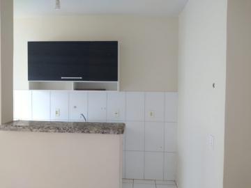 Alugar Apartamento / Padrão em Barretos R$ 700,00 - Foto 5