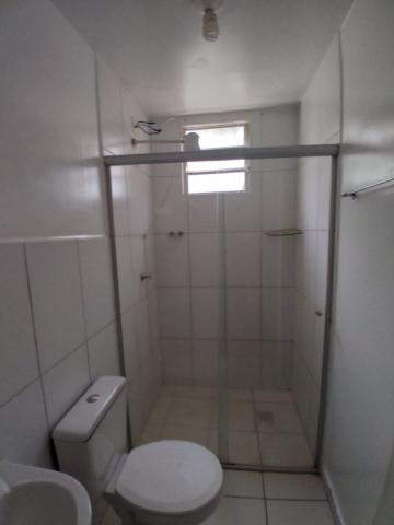 Alugar Apartamento / Padrão em Barretos R$ 700,00 - Foto 9