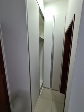 Alugar Apartamento / Padrão em Barretos R$ 2.100,00 - Foto 10